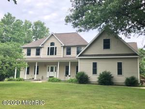 5070 W Decker Road, Ludington, MI 49431