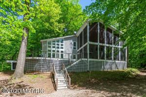 19439 jeffery Road, Galien, MI 49113