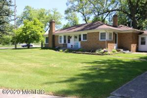 This All Brick Ranch Features a beautiful Open Floor Plan with 1448 sq ft, Living Room with Fireplace, Newly remodeled      bathroom, hardwood floors, Furnace and Tankless Water Heater, and appliances. It's a corner street lot with spacious backyard and breezeway connecting home to 2 car garage. Call or email to Setup a time to check it out or to request additional info. Thanks!