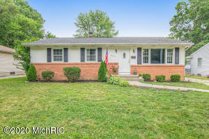 Updated and ready to move in!! 4 bedroom home with a huge kitchen, hardwoods under the carpeting, large-fenced in backyard and a great location that is close to everything! Offers will be presented monday july 6th and are due that day by 4pm.