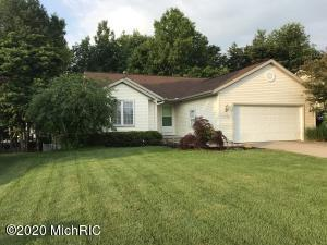 Excellent Wyoming Ranch walkout.  3 Beds 2.5 Baths.  Home offers in walkout level a rec room and a newly finished bath  with walk in shower.  New roof installed in 2019, water heater new this year, air conditioning unit replaced in 2016. Home has under ground sprinkling with back yark  fully fenced in.  The rec room is wired for surround sound and the whole house is is wired with Cat5e ethernet cables.  This is a great home on a quiet cul-de-sac.