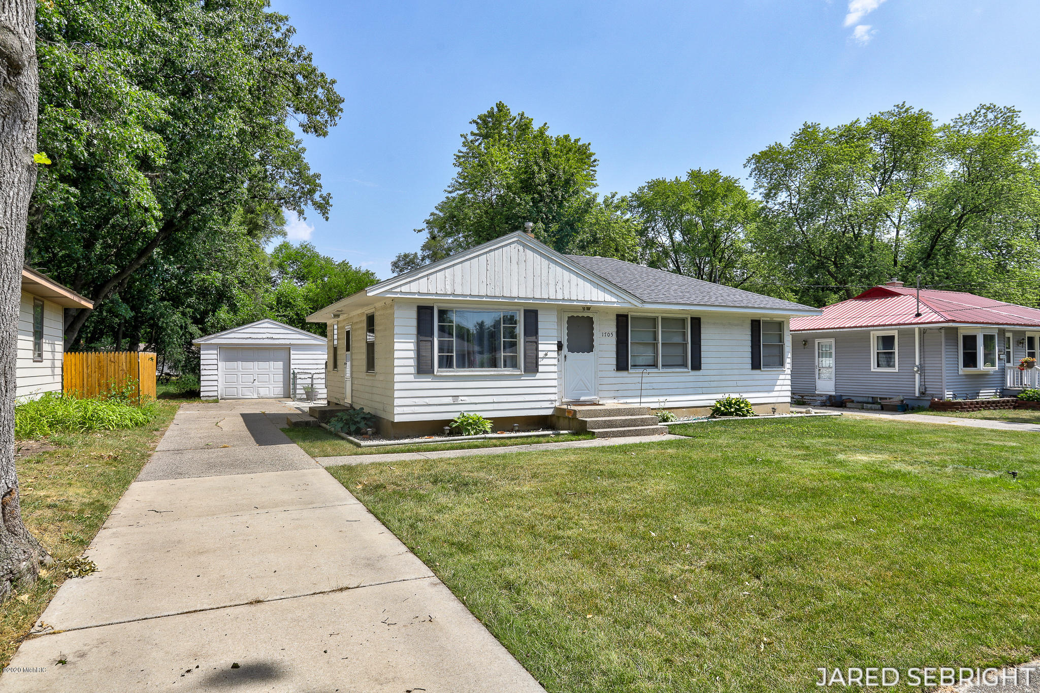 1705 Royal Oak St SW Wyoming-1