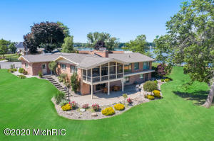 11746 Highview Shores, Vicksburg, MI 49097