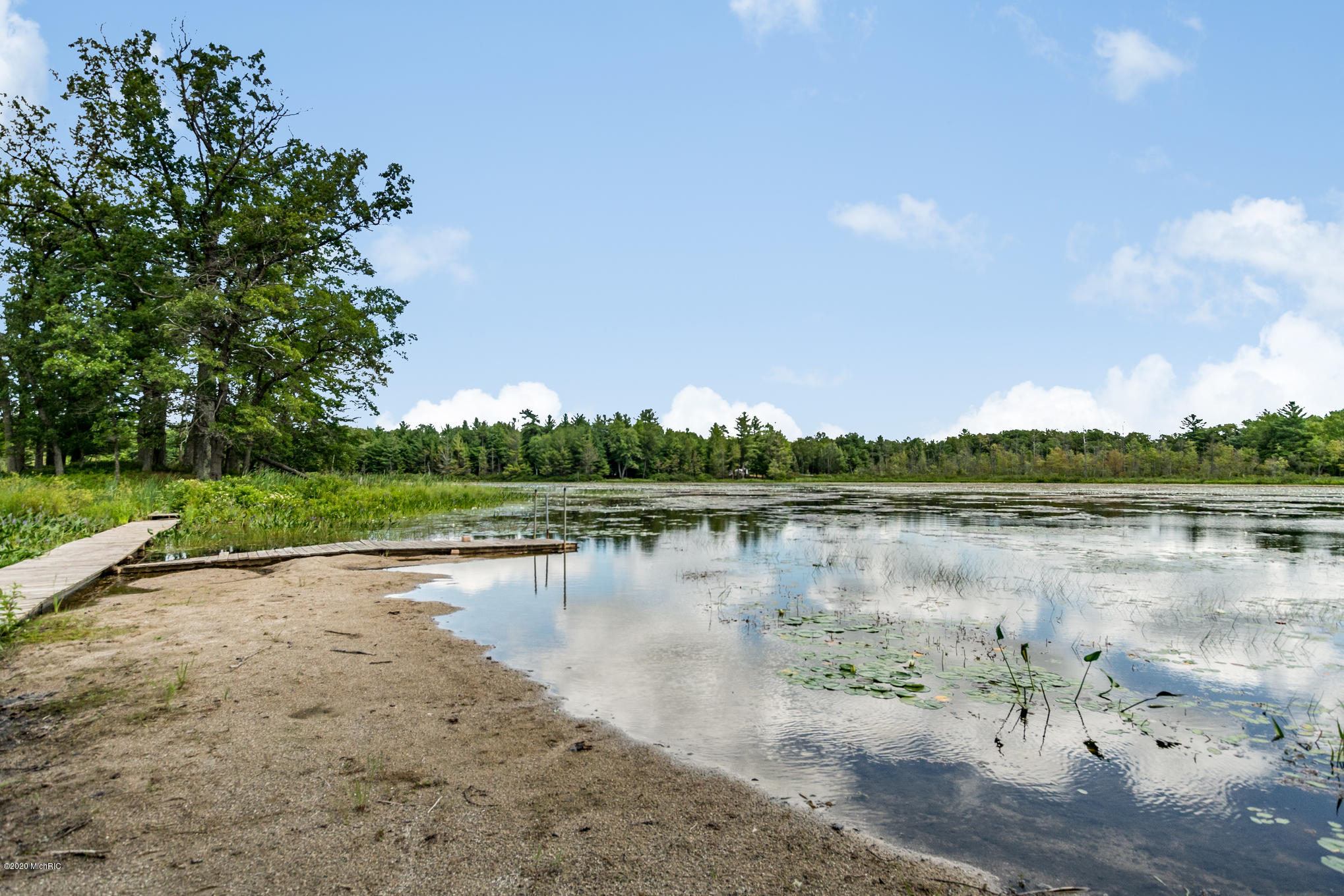 Lake Isaac - sandy beach