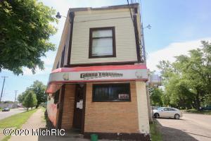 1010 Pipestone Street, Benton Harbor, MI 49022