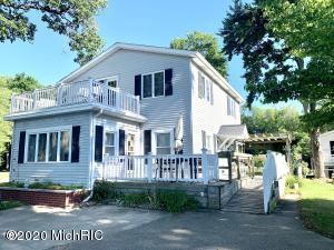 63124 W Fish Lake Road, Sturgis, MI 49091