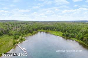 1943 S Duck Bay Trail, MARQUETTE ISLAND, Cedarville, MI 49719