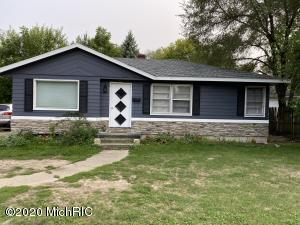 3 bedroom ranch in Wyoming close to everything.  Some sq footage added to the lower level.  All appliances including washer and dryer stay. 2018 brand new roof.