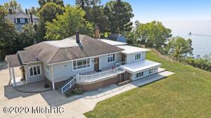 3500 Lakeshore Drive, St. Joseph, MI 49085
