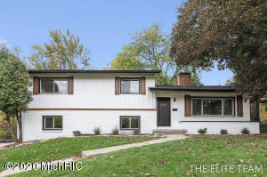 1804 Lake Michigan Drive NW, Grand Rapids, MI 49504