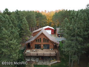 2744 W Fisher Road, Ludington, MI 49431