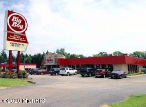 4641 Red Arrow Highway, Stevensville, MI 49127