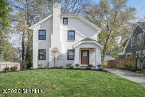 Completely remodeled inside and out to marry modern design and functionality with vintage architecture and style.  Updates include a large kitchen with high-end appliance package, an expanded master suite with large multi-head shower, a spacious flex room on the 3rd floor, and premium finishes throughout.  Seller is a licensed agent