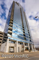 Downtown Grand Rapids condo in River House Condo's with fabulous views of the river!  Seller is a licensed agent in the state of Michigan.