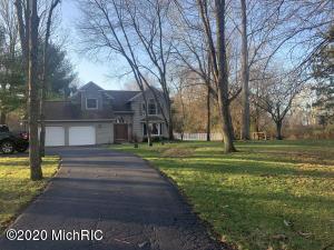 8604 E Ef Avenue, Richland, MI 49083