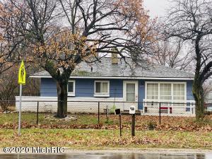 1205 E Mosel Avenue, Kalamazoo, MI 49004