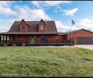 6045 Cedar Creek Road, Hastings, MI 49058
