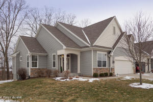 "Welcome Home to this popular AVB built ""Turnberry"" floor plan"