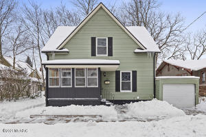 ***Please submit highest and best offers by 3PM Monday February 15***Charming three bedroom house right in the heart of Eastown, only a block away from the Wealthy/Lake intersection!  Harwood floors. Plenty of closet space. New roof in 2019. Vinyl replacement windows. Make this house your home today!