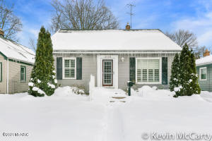ALGER HEIGHTS BEAUTY!! You do not want to miss your opportunity on this beauty. with 3 bedrooms, 2 full baths, finished basement and an awesome sun room, this home will not last long! Contact today for more details or your own private showing!
