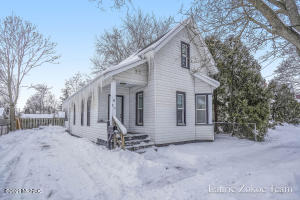 Great NW home with 3 bedrooms, 1.5 baths and main floor laundry. Large living and dining room open to the kitchen. Off street parking. HIGHEST AND BEST OFFER DUE BY WEDNESDAY 2/24 at 8 PM. WILL BE REVIEWED BY NOON ON THURSDAY.