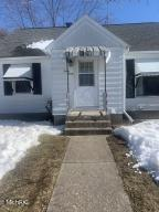 Sharp 3 bedroom 1.5 bath 1 stall garage with gas and water. fenced in back yard. lots of extra storage cupboards. upstairs bedroom not finished. Has a 4th non conforming bedroom in full dry basement. stove fridge and dryer included Storage shed..Home electrical has hook up for generator and outside outlets.