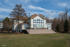 7376 Pinnacle Drive, South Haven, MI 49090