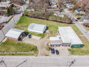 408 S Oak Street, Buchanan, MI 49107