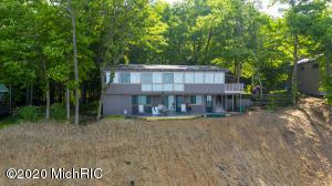 18243 N Shore Estates Road, Spring Lake, MI 49456