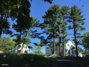 7095 Orchard Lake Drive, South Haven, MI 49090