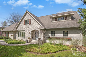 2107 Robinson Road SE, Grand Rapids, MI 49506