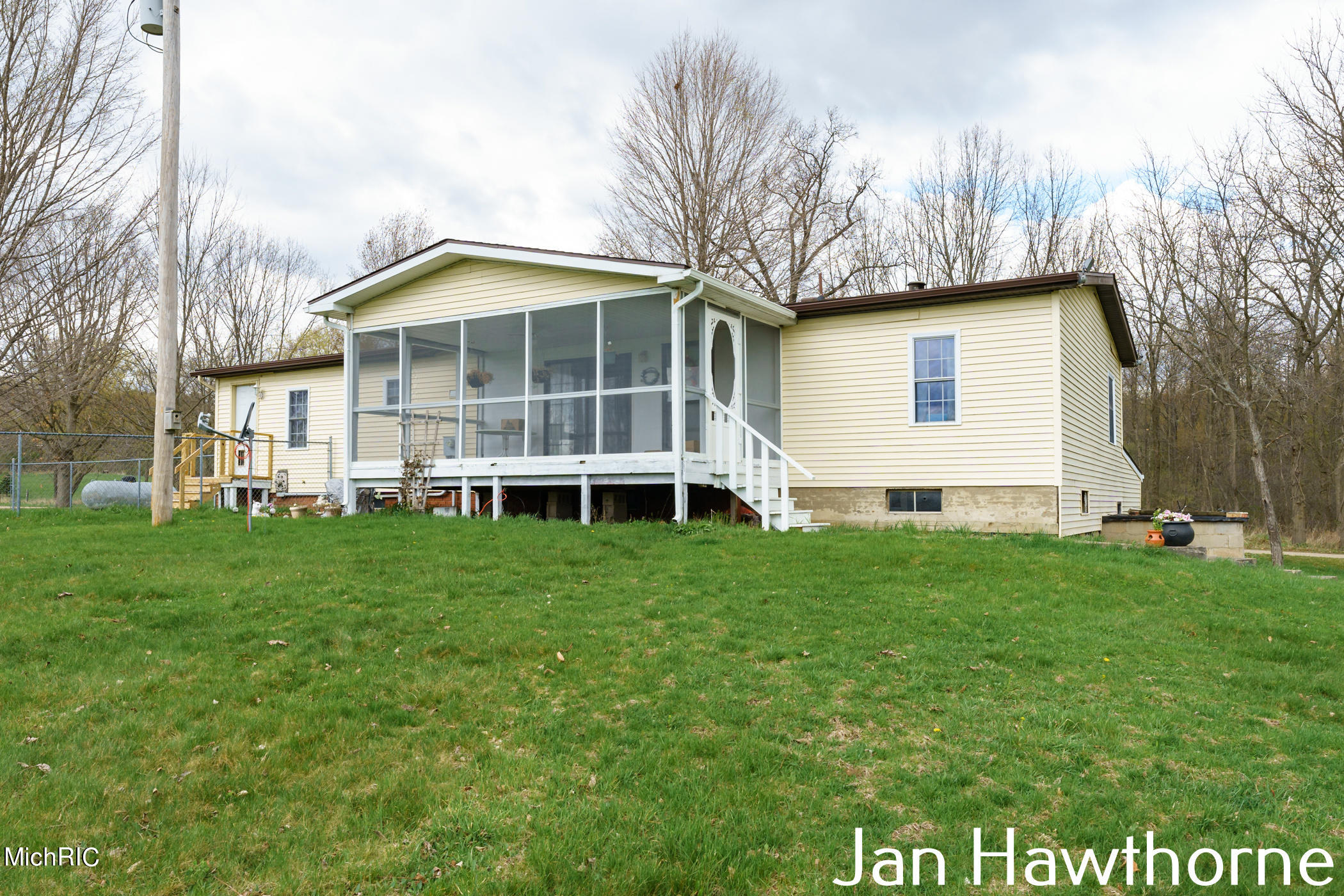 Property for sale at 1639 W Sager Road, Hastings,  Michigan 49058