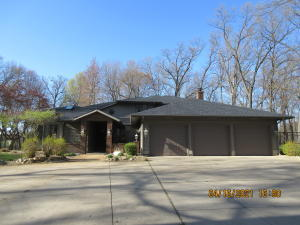 17052 Limberlost Road, Three Rivers, MI 49093