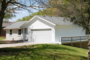 4883 Sparrow Avenue, Kalamazoo, MI 49004