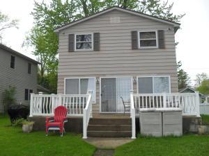 Home on 50 foot of Barron Lake