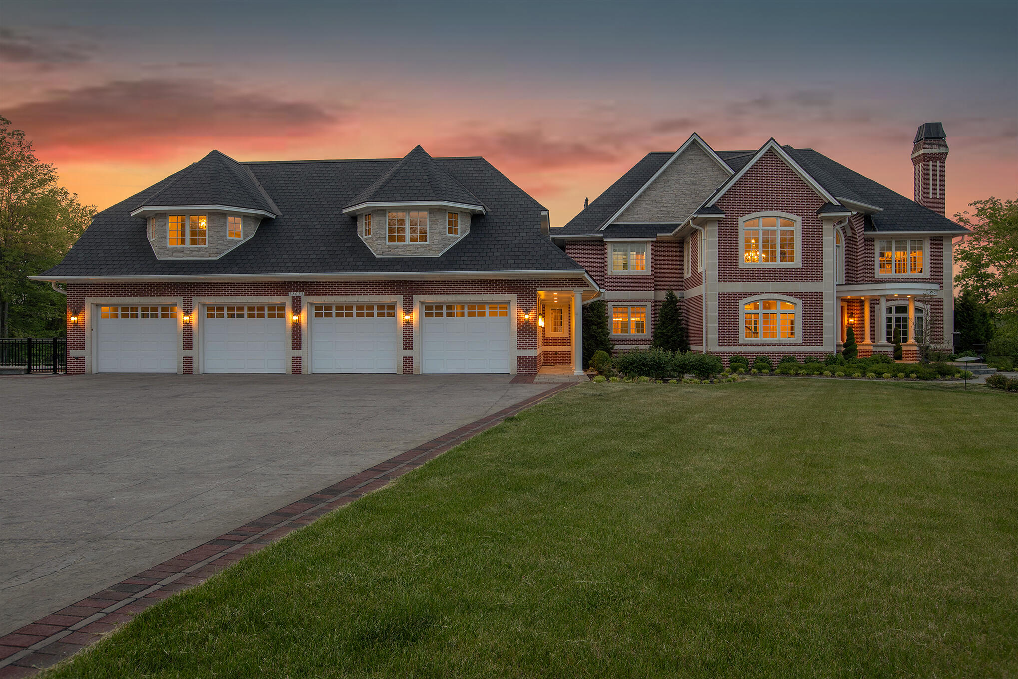 Lakefront homes & lake cottages for sale in Michigan