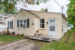 1803 Lakeview Drive, Portage, MI 49002