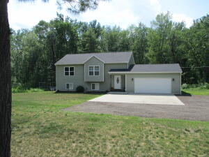 10839 Lincoln Lake Road NE, Greenville, MI 48838