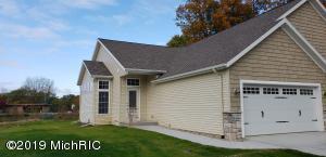 10470 Hammock Circle, Portage, MI 49024
