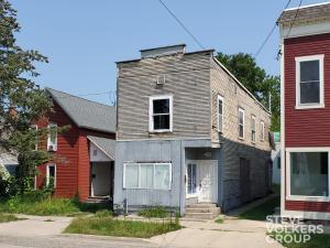 451 Carrier Street NE, Grand Rapids, MI 49505