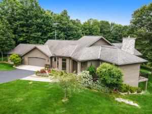 11775 Golfview Drive, Bear Lake, MI 49614