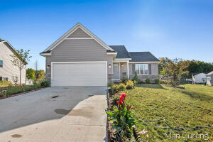 NICE RANCH HOUSE IN KENTWOOD !! BUILT IN 2019, HUGE SPACE FOR FAMILY ENTERTAIN !! MAIN FLOOR HAS 2 BEDS AND DOWN STAIR HAS 2 BEDS, CLOSE TO EAST KENTWOOD HIGH SCHOOL AND DISCOVERY ELEMENTARY SCHOOL. CLOSE TO GROCERY STORE !! SCHEDULE TODAY FOR SHOWING...