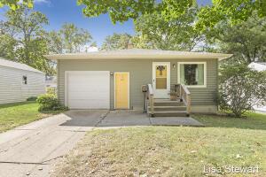 1047 Houseman Avenue NE, Grand Rapids, MI 49503
