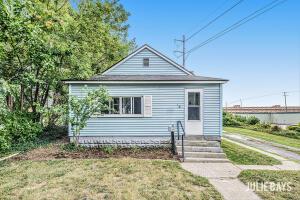 18 Caledonia Street NE, Grand Rapids, MI 49505