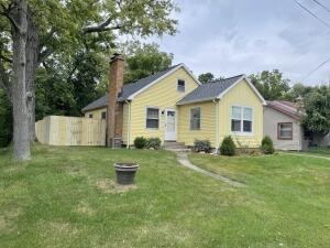 4005 Childs Avenue NW, Comstock Park, MI 49321