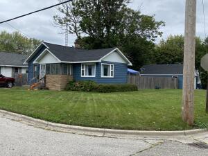 950 Young Avenue, Muskegon, MI 49441