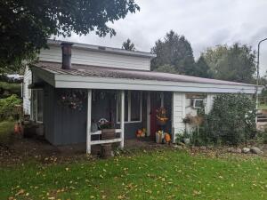 1384 W Chauvez Road, Scottville, MI 49454