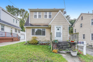 Spacious 4 bedroom 2 bath house. Seller directs listing agent to hold all offers until 10/26/21 at 8pm.