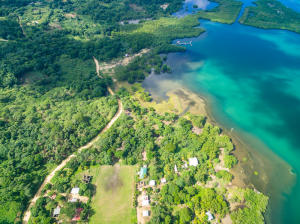 Oceanfront in Hottest Sparrow, 4+ Acres with over 290ft of, Roatan,