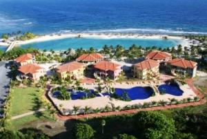 Beachfront Condo 8-5, Parrot Tree Plantation, Roatan,